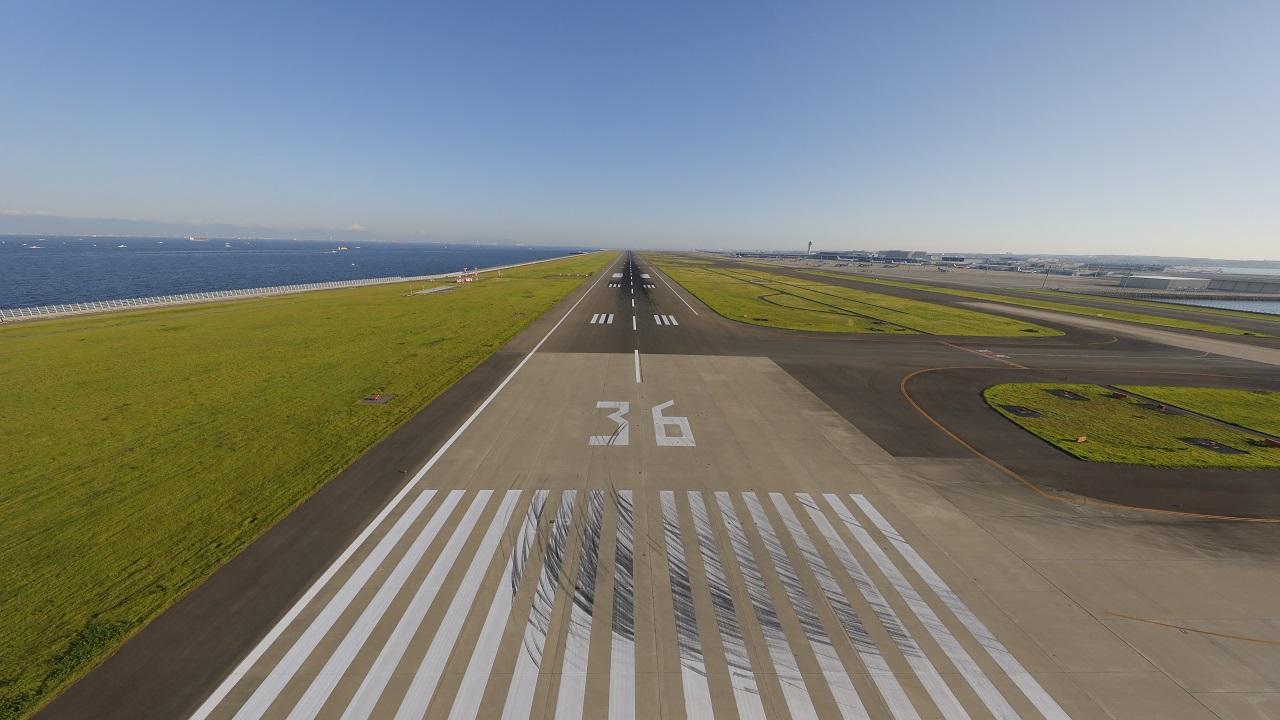 https://www.centrair.jp/interest/virtual-background/images/2020/runway_img1280x720.jpg